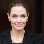 Angelina Jolie: de Lara Croft a embaixadora de refugiados
